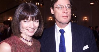 Anna Wintour 'splits from investor husband Shelby Bryan after 16 years of marriage'