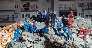 Earthquake in Greece and Turkey: the earthquake in the Aegean Sea causes at least a dozen deaths, damage and a mini tsunami