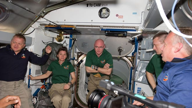 from astronauts 5 ways of coping with anxiety, loneliness