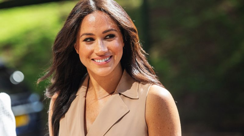 Meghan Markle 'Avoids Controversy' For The Sake Of Her Family