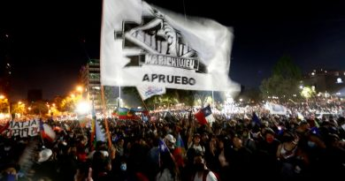 Overwhelming support in Chile for the drafting of a new Magna Carta, with almost all votes counted