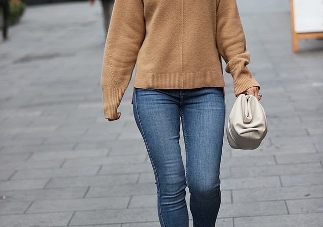 Vogue Williams dressed for comfort on Sunday as she headed out in London bright and early to host her Radio show