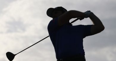 100-year-old man breaks Golf stroke record