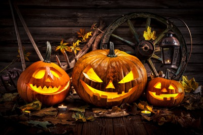 Happy Halloween Wishes with Images and Pictures – Birthday Wishes and Messages .