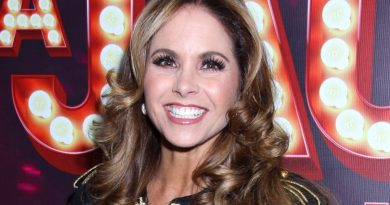 """Lucero sings for the first time on stage with her daughter: """"What a beautiful gift"""""""