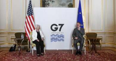 g7 rich nations back deal to tax multinationals
