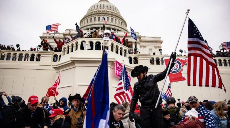 us capitol riot intelligence agency warnings failed to reach police
